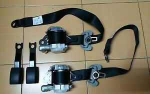 A-SET-Pair-front-R-and-L-oem-seat-belt-for-toyota-Yaris-Vios-2014