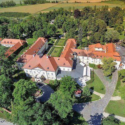 4 Tage Urlaub Schloss Hotel Szidonia 4* Wellness Romantik Reise Ungarn