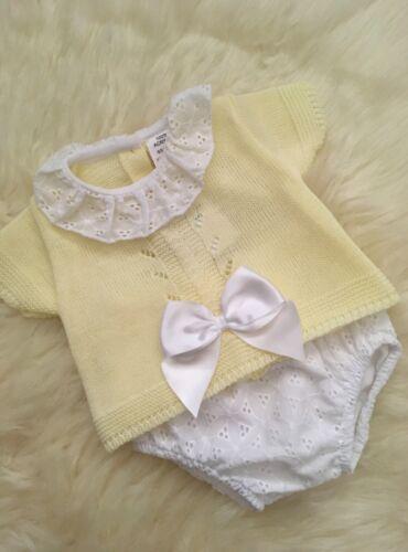 SPANISH STYLE BABY GIRLS KNITTED TOP BORDERIE JAM PANTS LEMON WHITE 3-6-9-12 BN