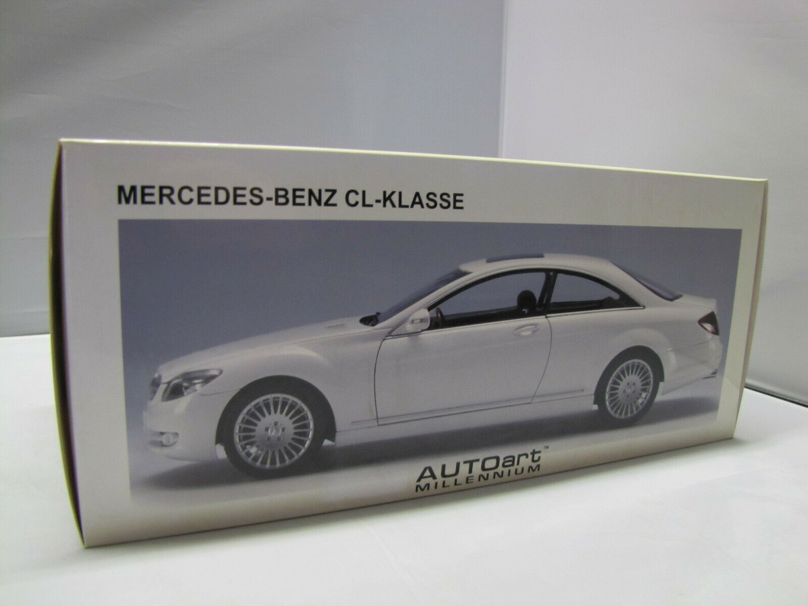 76166 Autoart Mercedes-Benz Classe CL Coupe-BIANCO - 1:18