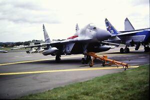 4-422-2-Mikoyan-MIG-29-Fulcrum-Russian-Air-Force-Kodachrome-SLIDE