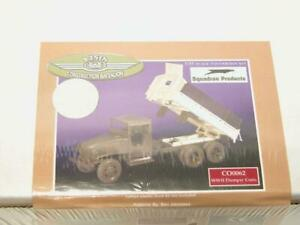 1-35-Squadron-Construction-Battalion-WW2-Dumper-Conv-Resin-Model-Kit-CO0062