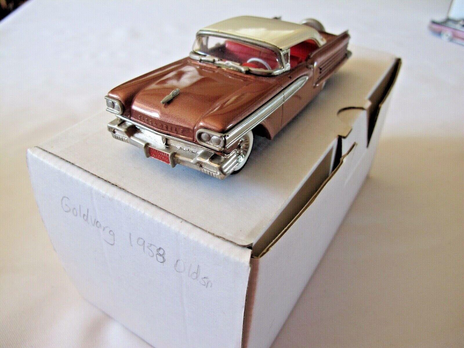 orVARG 1958 Oldsmobile 4 portes hardtop leur dernier Métal Blanc Modèle 1 43 Comme neuf IN BOX
