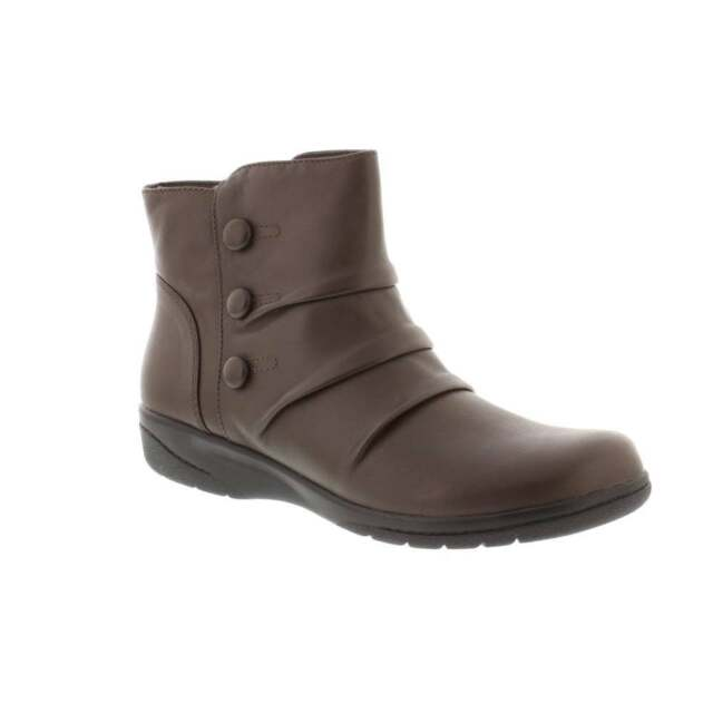 ac839c57 Clarks Cheyn Anne Ladies Wide Fit Leather Ankle Boot Brown UK 5