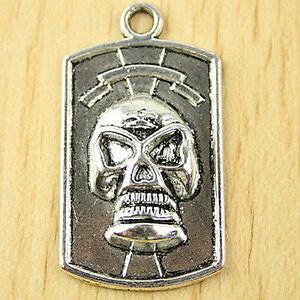 4pcs dark silver tone skull pendant h1731