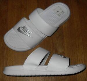 e33396fdf320 Image is loading Nike-Benassi-Duo-White-Ultra-Slides-Women-039-
