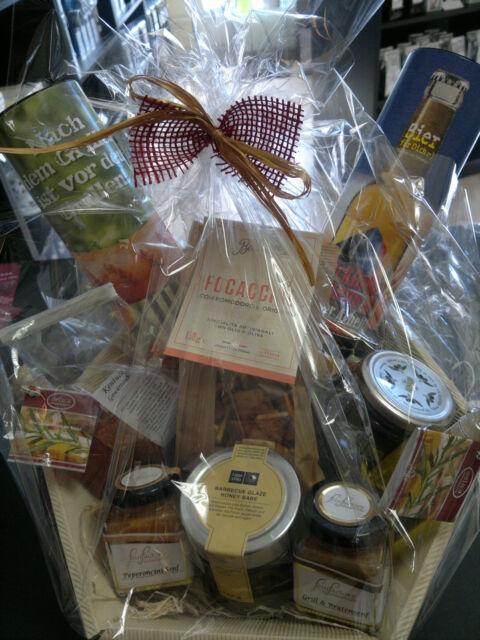 Präsentkorb,Grillkorb,Gourmet Korb, Fresspaket, mediterrane Feinkost