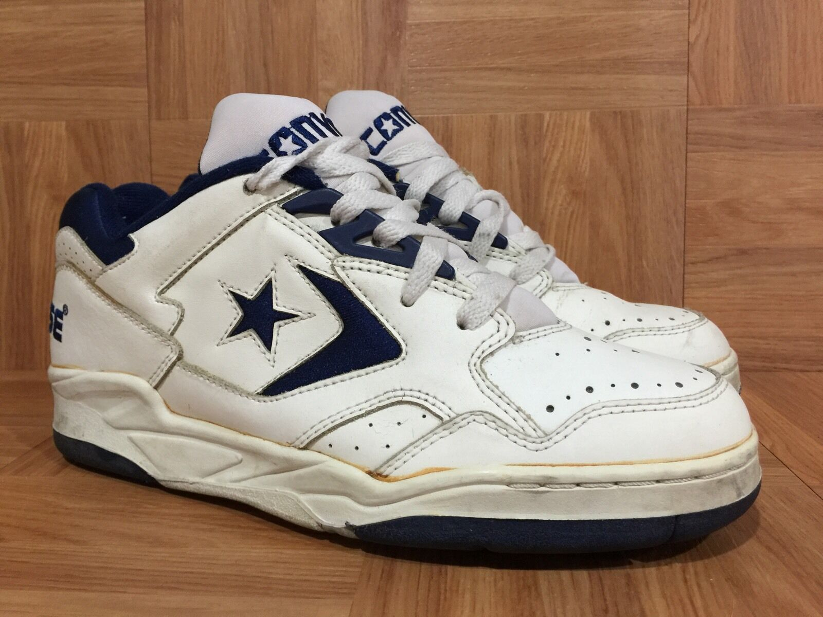 Vintage Converse Official shoes Of The NBA Basketball Sneakers Sz 7.5 Men's LE
