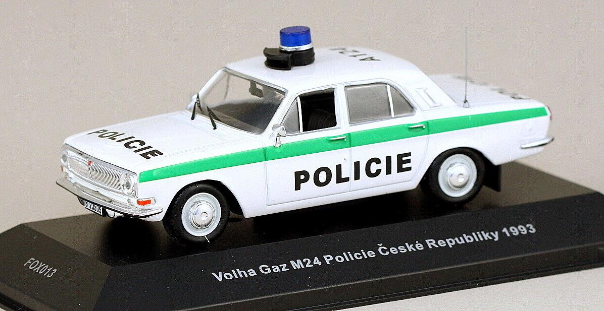 1 43 scale FoxToys FOX013 GAZ Volga M24 M24 Policie Ceske Republiky 1993  MIB