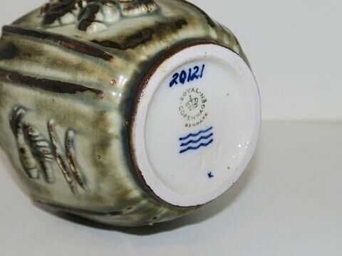 Porcelæn, Royal Copenhagen keramik  Firkantet vase