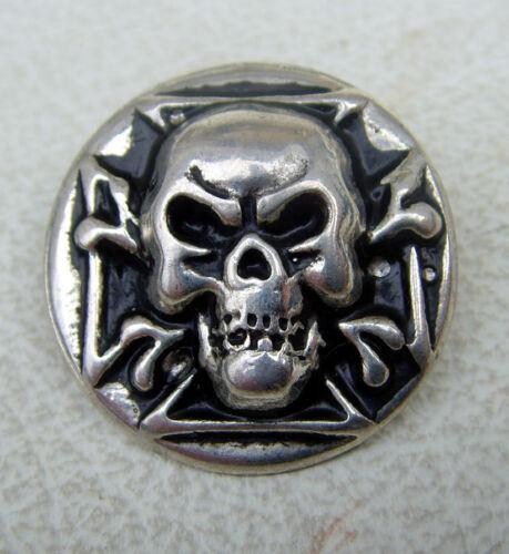 Auffällige Ziernieten Totenkopf Skull Schädel Piratenkopf Neu  Altsilber No.2