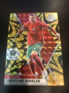 2021 Panini Mosaic Cristiano Ronaldo #160 Gold Reactive Prizm UEFA Euro Portugal