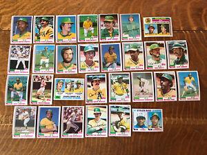 1982 OAKLAND ATHLETICS Topps COMPLETE Baseball Team Set 29 Cards HENDERSON ARMAS