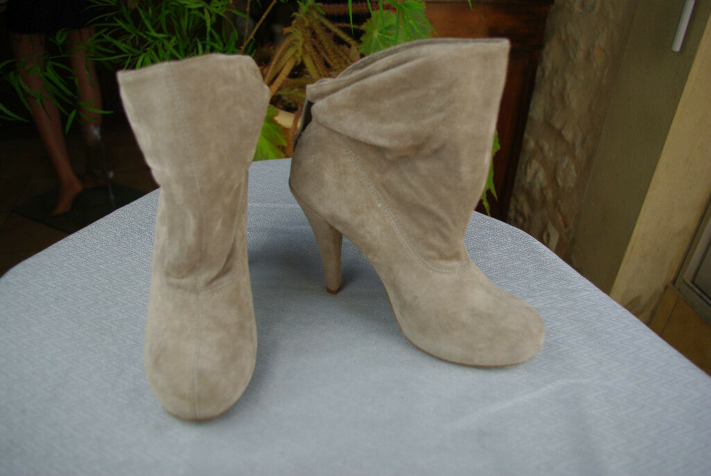 Boots LES 3 3 SUISSES Collection PREMIUM Suede Beige T 36 Mint