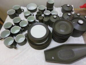 VINTAGE-DENBY-CHEVRON-GREEN-please-choose-your-items-from-drop-down-menu
