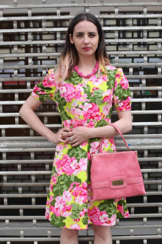 Kurzes SommerKleid Tageskleid summer dress bunt Blaumen 70s True VINTAGE 70er