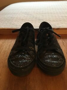 b93fa55a242 Details about Ugg Girls J I Heart Lace Up Shoe Glitter Black Sneakers Size  1 EUC