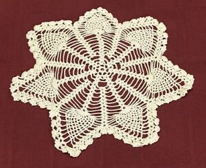 White Vintage Hand Crochet Lace Doily Round Table Placemat 20inch Collectibles