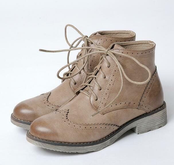 Womens Retro Leather Brogue Wing Tip Carved Lace Up Ankle Combat Boots shoes New