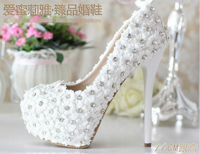 New femmes fashion flower beads beads beads crystal high heel stiletto platform wedding chaussures  les derniers modèles