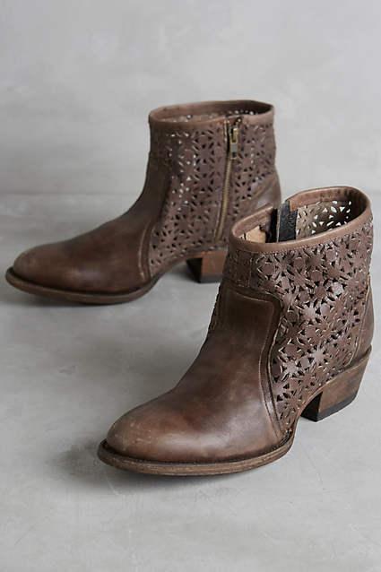 Anthro Farylrobin Braun Nitro Laser Cut Booties Ankle Stiefel Größe 9.5 240 NWOB