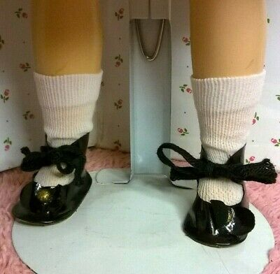 "SALE Madame Alexander  Black velvet shoes w// ties for 12/'/' Dolls 1 3//4/"" x  3//4/"""