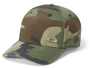 d94040f38b1 Oakley Men s Tinfoil New Era 39THIRTY Flex Fit Hat Cap - Olive Camo ...