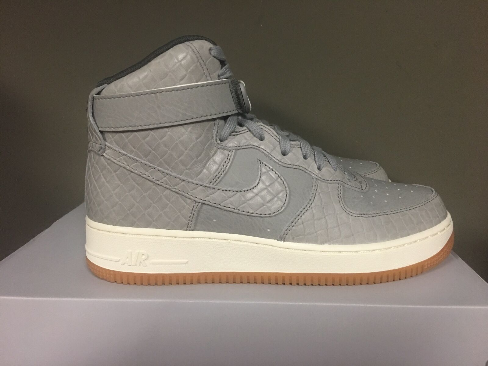 the best attitude 5c418 a72f8 mujer Nike Air Force Gris 1 high-top Premium Wolf Gris Force   Wolf  Gris-440 008 fe2fc9
