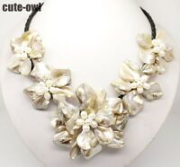 """Fashion Jewelry 5 white mop shell pearl flower pendant necklace 18""""long"""