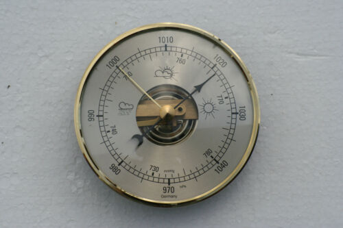 Barometer movement mechanism 95mm diameter with brass dial.
