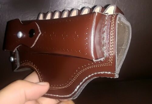 TT-33 WoW Handcrafted Tokarev  pistol Stylish and amazing leather Holster .