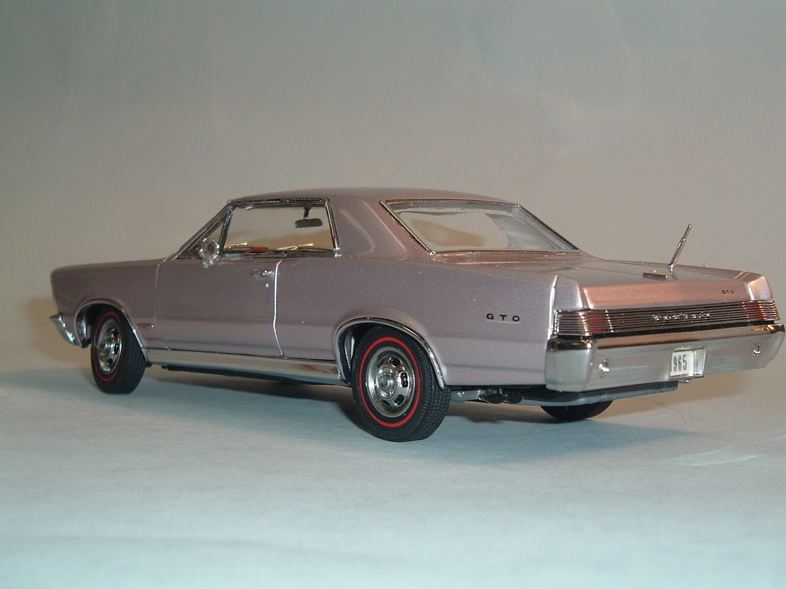 1965 PONTIAC GTO IRIS MIST COUPE WITH BOX DANBURY MINT 1 24 DIECAST