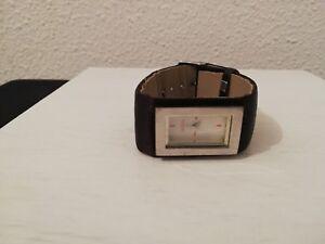 montre a quartz ancienne vintage marque bourjois paris