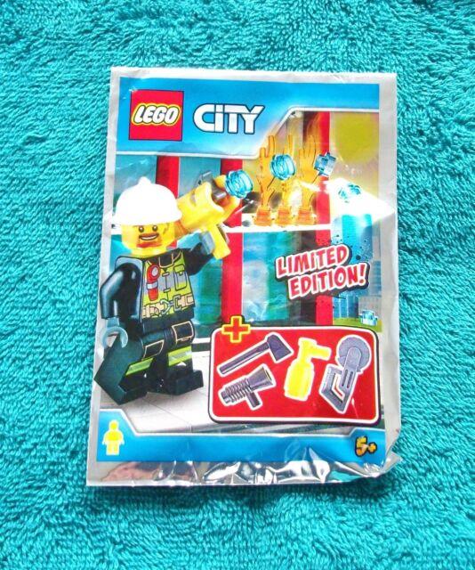 Genuine LEGO CLUB MAX Minifigure Set Brand New in Sealed Polybag 852996 MX