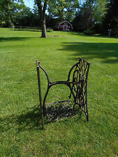 VINTAGE SINGER TREADLE SEWING MACHINE CAST IRON BASE, TABLE LEGS, INDUSTRIAL AGE