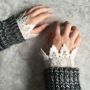 1Pair Ladies False Sleeve Wrist Lace Cuffs Wristband Bracelet Ruffled Party W