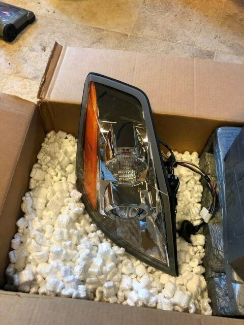 Cadillac XLR Passenger Side Headlight Head Lamp Brand New OEM in Box!!