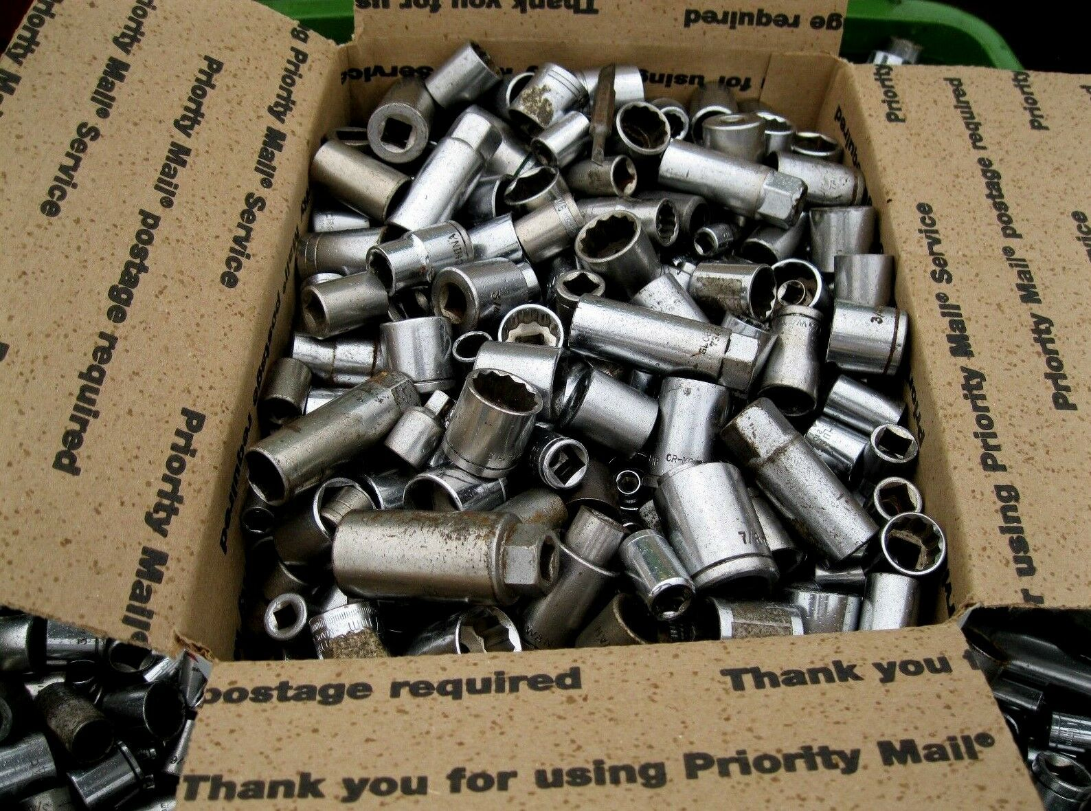 700 Sockets for socket wrenches GREAT ITEM FOR FLEA MARKETS ETC.