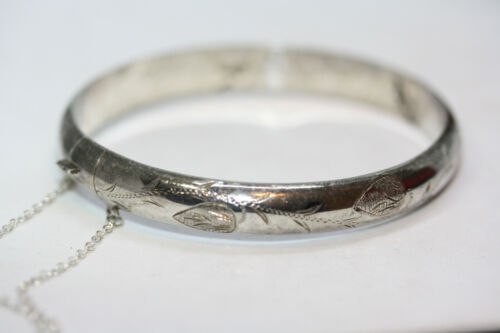 Lovely Vintage 1990s Sterling Silver 925 Octagonal Hinged Engraved Bangle