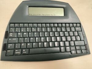 Neo-by-Alphasmart-Word-Processor-Distraction-Free-Writing-Tool