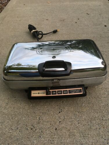 Vintage General Electric Chrome Waffle Iron & Grill Maker #34G42 Removable Plate