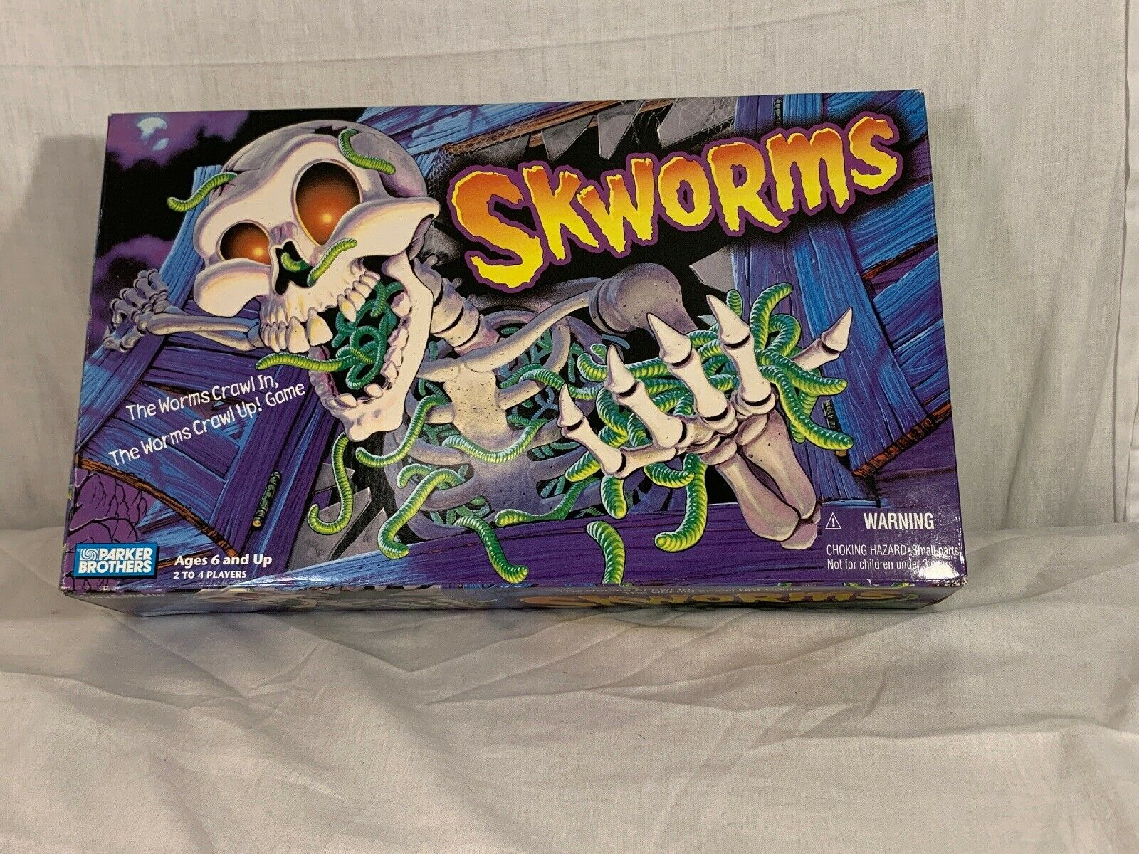 Parker Bredhers SKWorms Game New With Open AND SLIGHTLY SLIGHTLY SLIGHTLY DAMAGED  Box c16aad