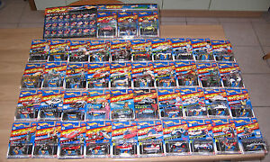 Charawheels-Mattel-Hot-Wheels-Japan-collezione-completa-roman-album