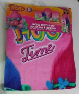 Younger Girls Pink Hooded Towel with Trolls detail