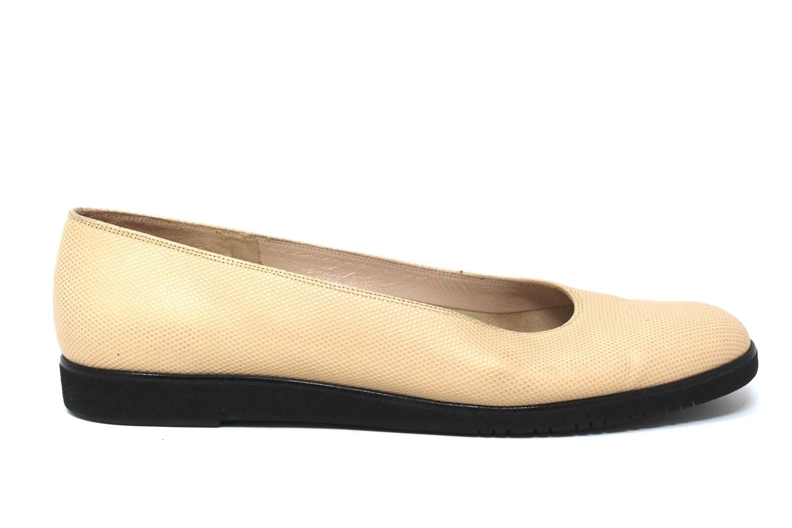Salvatore Ferragamo Ivory Beige Snake Textured Leather Slip Flats On Flats Slip Womens 9 2A 2a4767