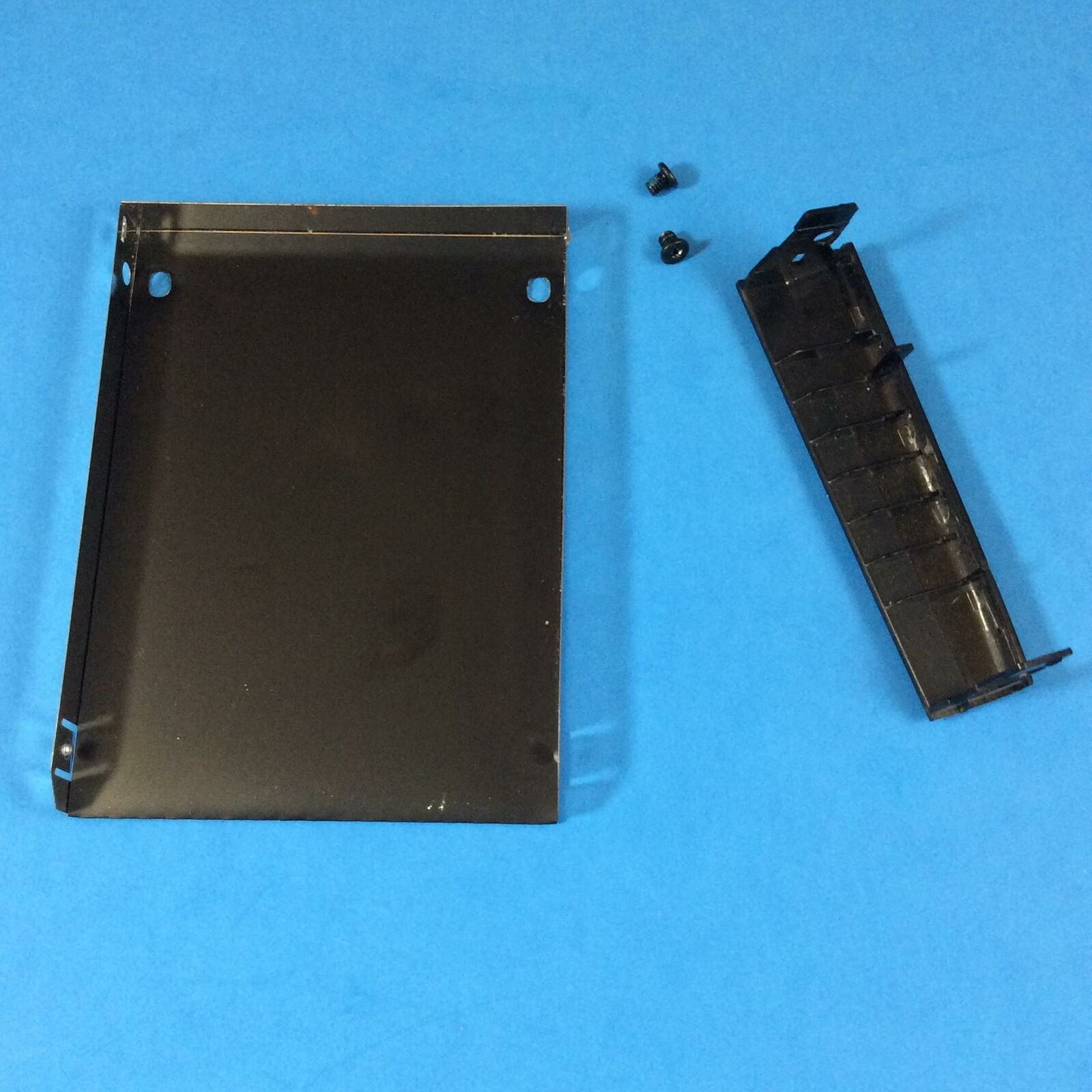 CB314 M671J OEM DELL HARD DRIVE CADDY ENCLOSURE INSPIRON 1545 PP41L GRD A
