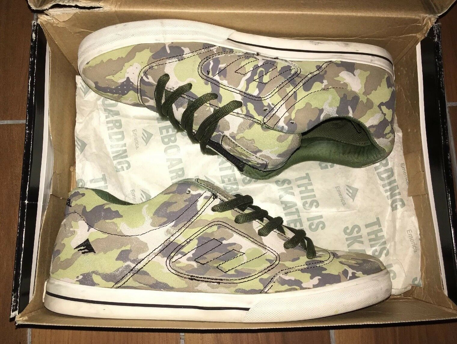 new products a21a3 53b68 Man Woman EMERICA REYNOLDS 3 3 3 CAMO Good design Selected materials  Current shape 8cddbe