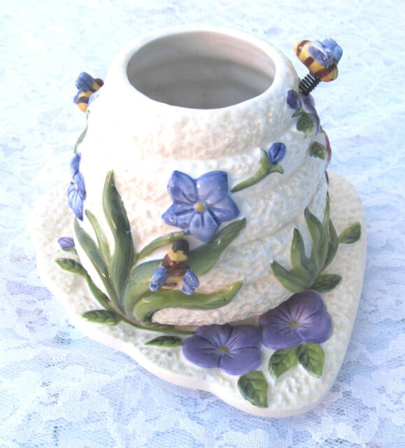 Whimsical Home Interiors 3D Texture Bee Hive Flowers Candle Shade Topper & Plate