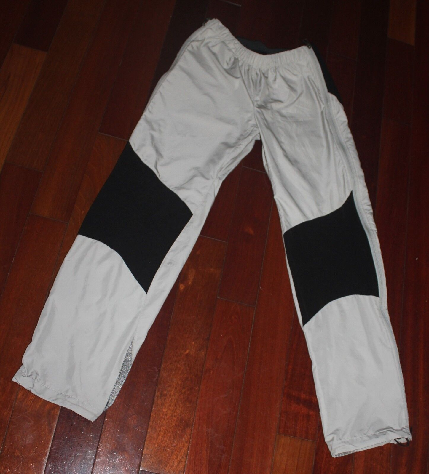 PATAGONIA WOMEN'S HIKING SHELL PANTS SIZE S NICE    all in high quality and low price