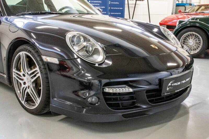 Porsche 911 Turbo Coupé Tiptr. - 7
